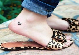 61+ Lovely Small Heart Tattoos for 2021