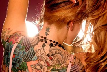Neck_tattoo_for_male-and_female