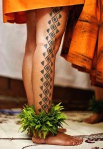 Hawaiian tattoos leg